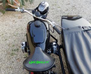 Dnepr K750 gloss black (4)restaurato